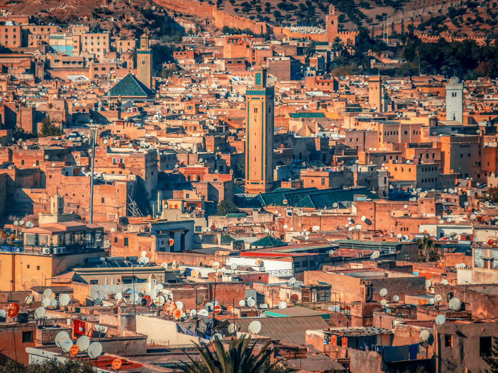 Tour from Casablanca to Chefchaouen & Fes